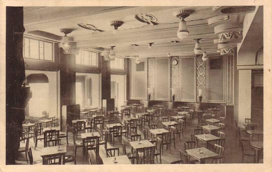 Salle intérieure du café du théâtre vers 1930