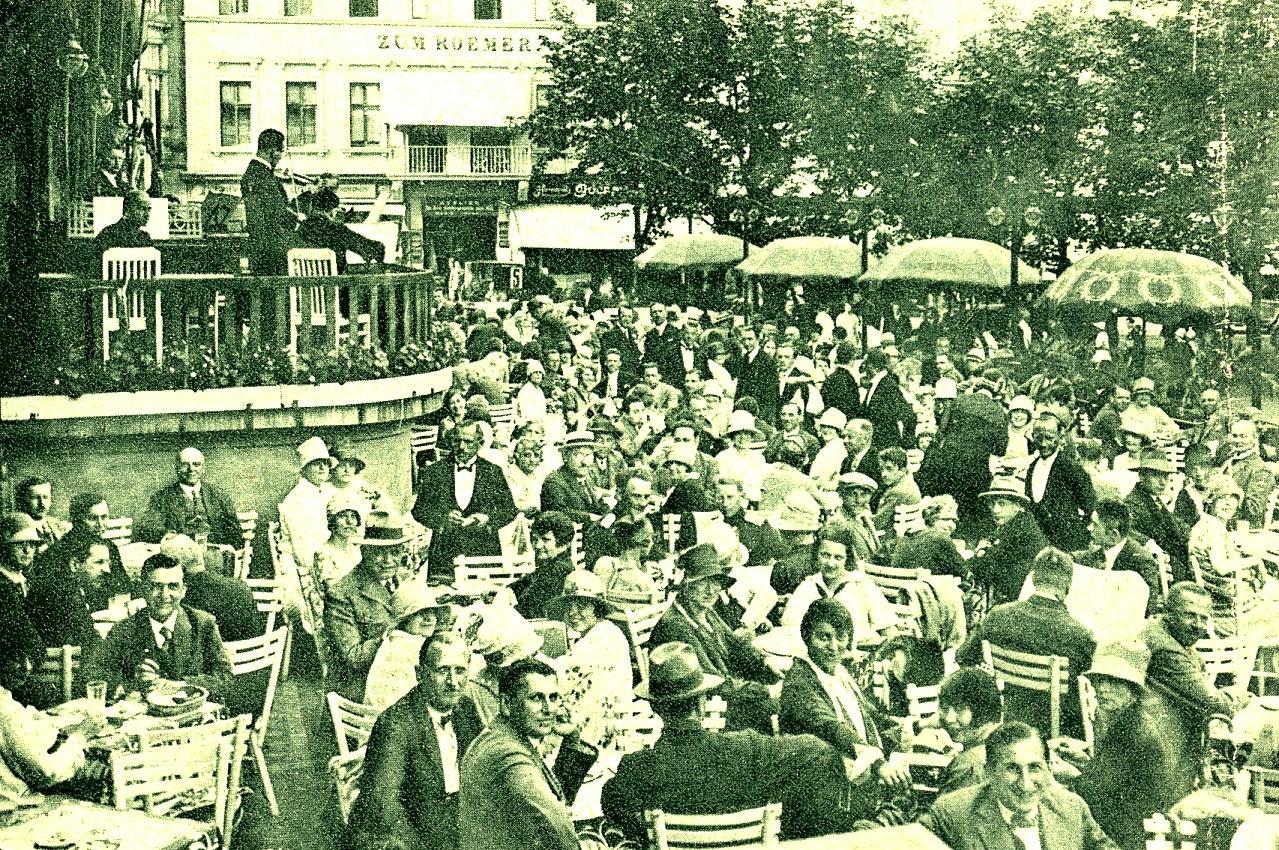 La terrasse du café du théâtre